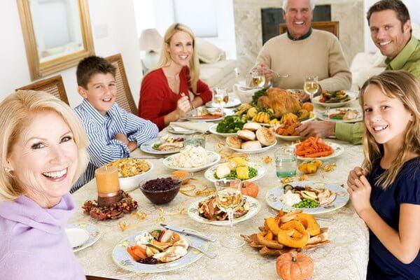 застолье , питание в праздники