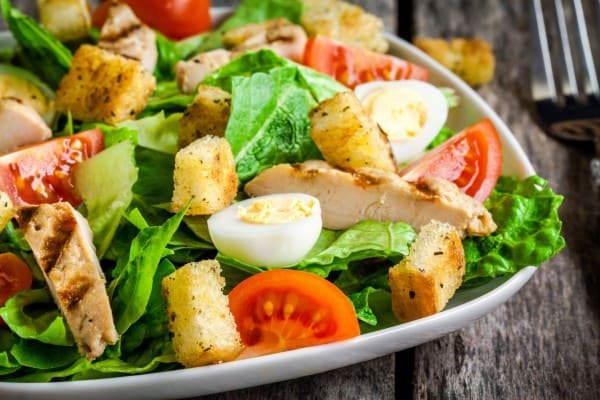 Оригинальный салат из курицы