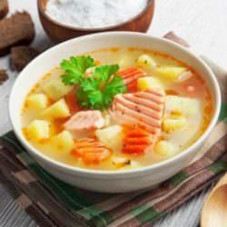 Простой диетический суп из рыбы
